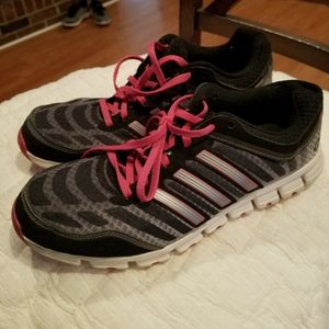 Addidas Womens Athletic Shoes Size 10
